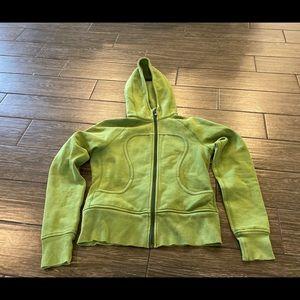 Lululemon Scuba Hoodie in Green Size 8